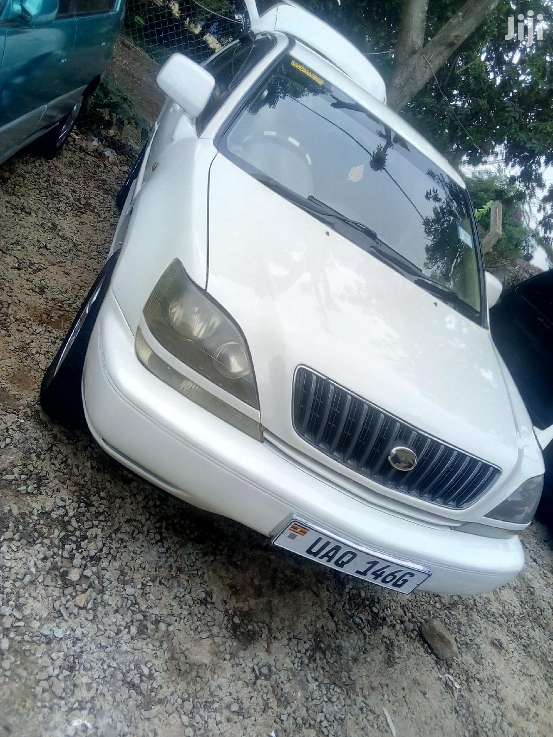 Toyota Harrier 1999 White | Cars for sale in Kampala, Central Region, Uganda