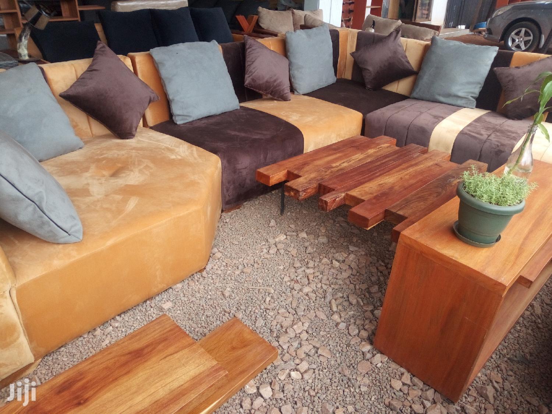 Archive: Beautiful 7 Seater Sofa Set