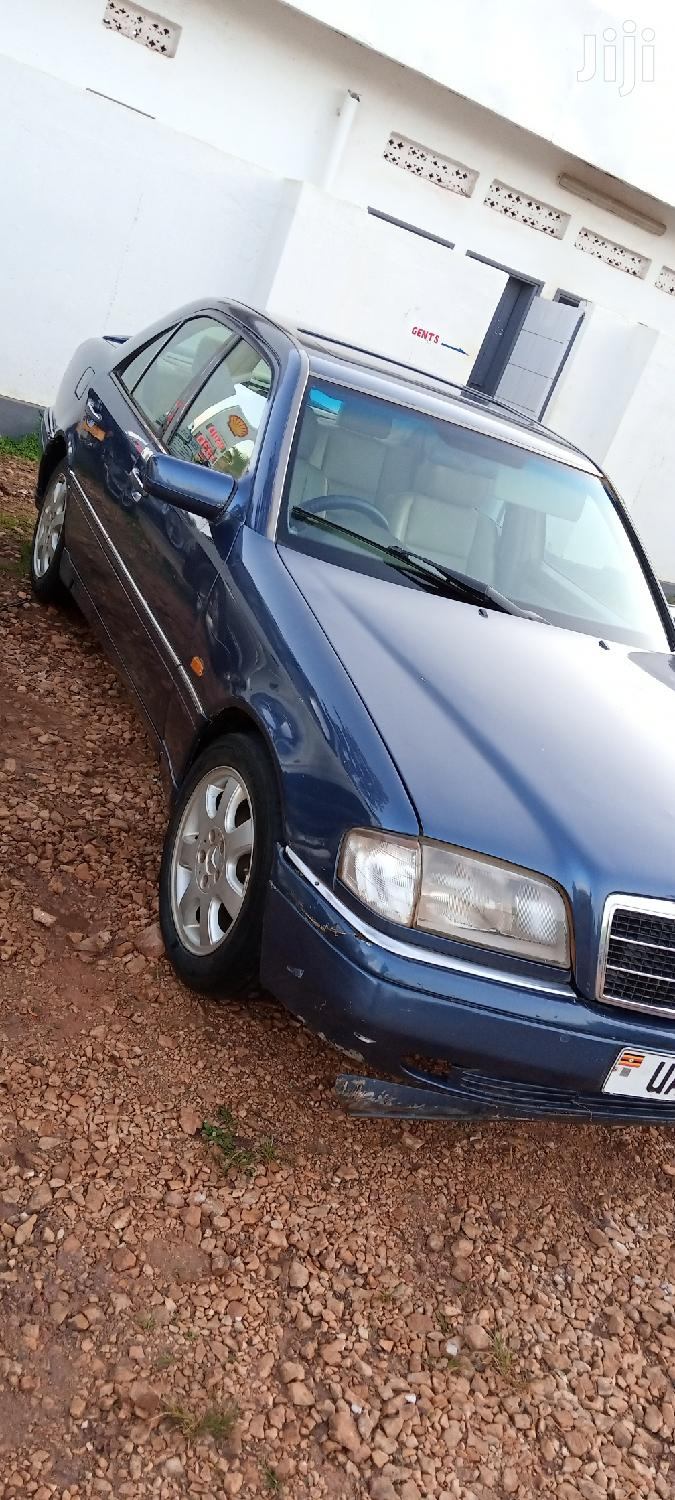 Archive: Mercedes-Benz C200 1999 Blue