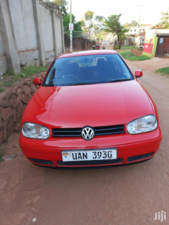 Archive: Volkswagen Golf 2000 1.6 Red
