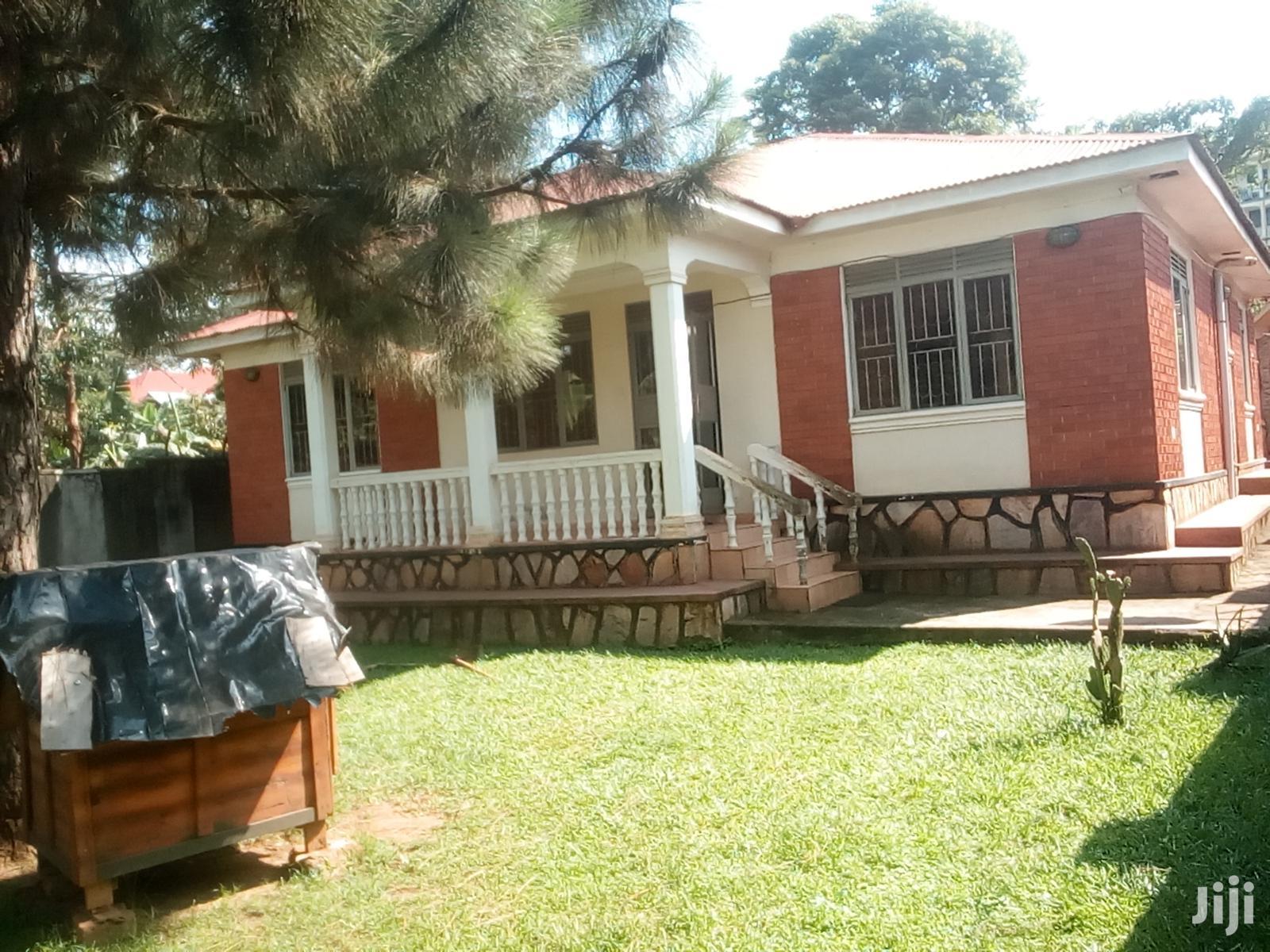 Three Bedroom House In Kirinya Kito Road For Rent