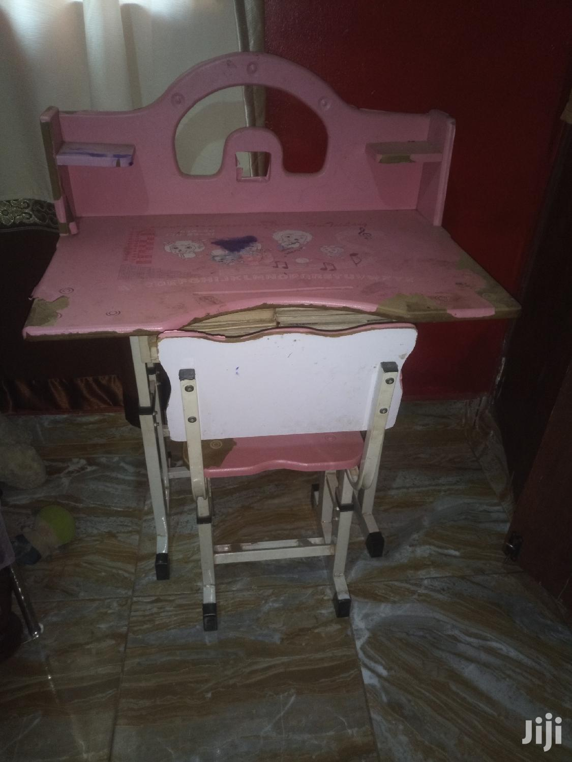 Children Reading Table And Chair
