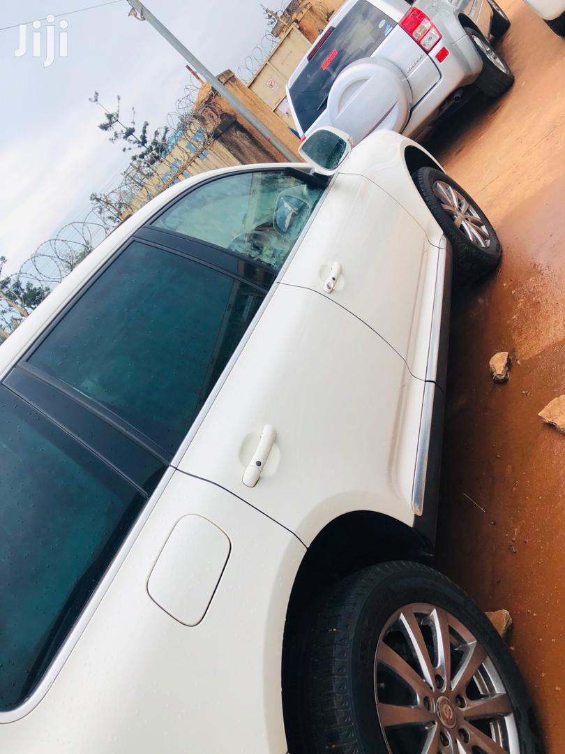 Volkswagen Touareg 4.2 V8 2008 White | Cars for sale in Kampala, Central Region, Uganda