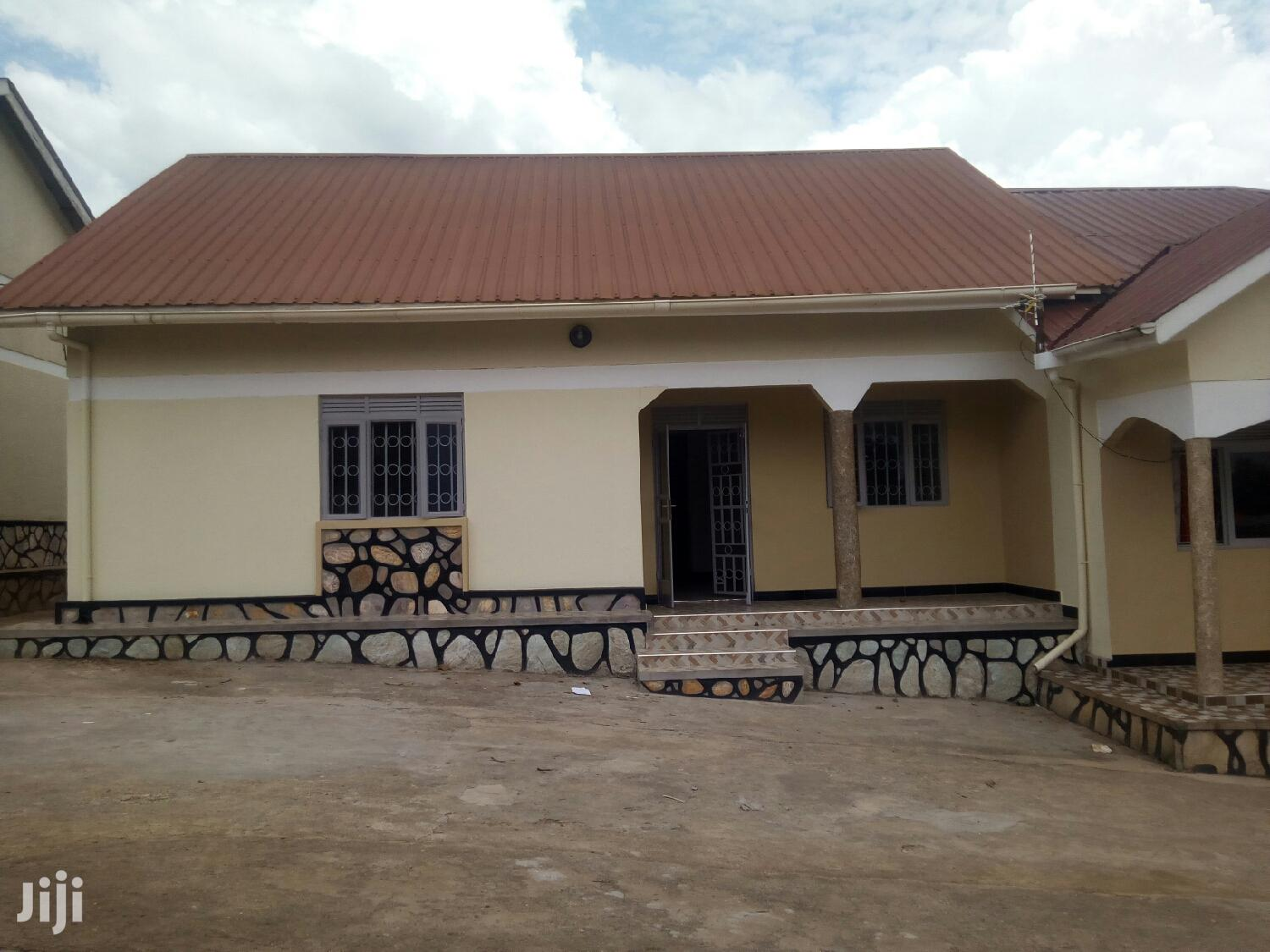 Executive Two Bedroom House for Rent in Kireka Mbalwa.