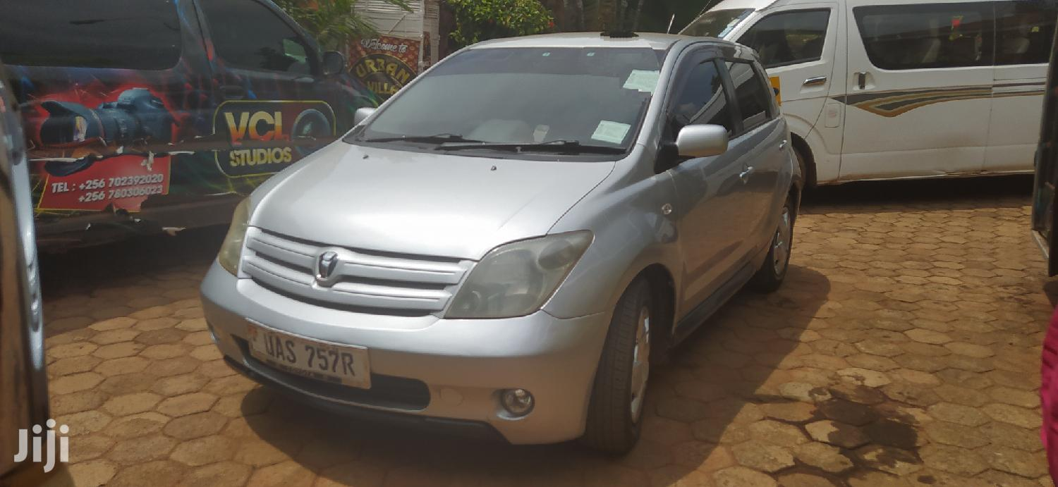 Archive: Toyota IST 2002 Silver