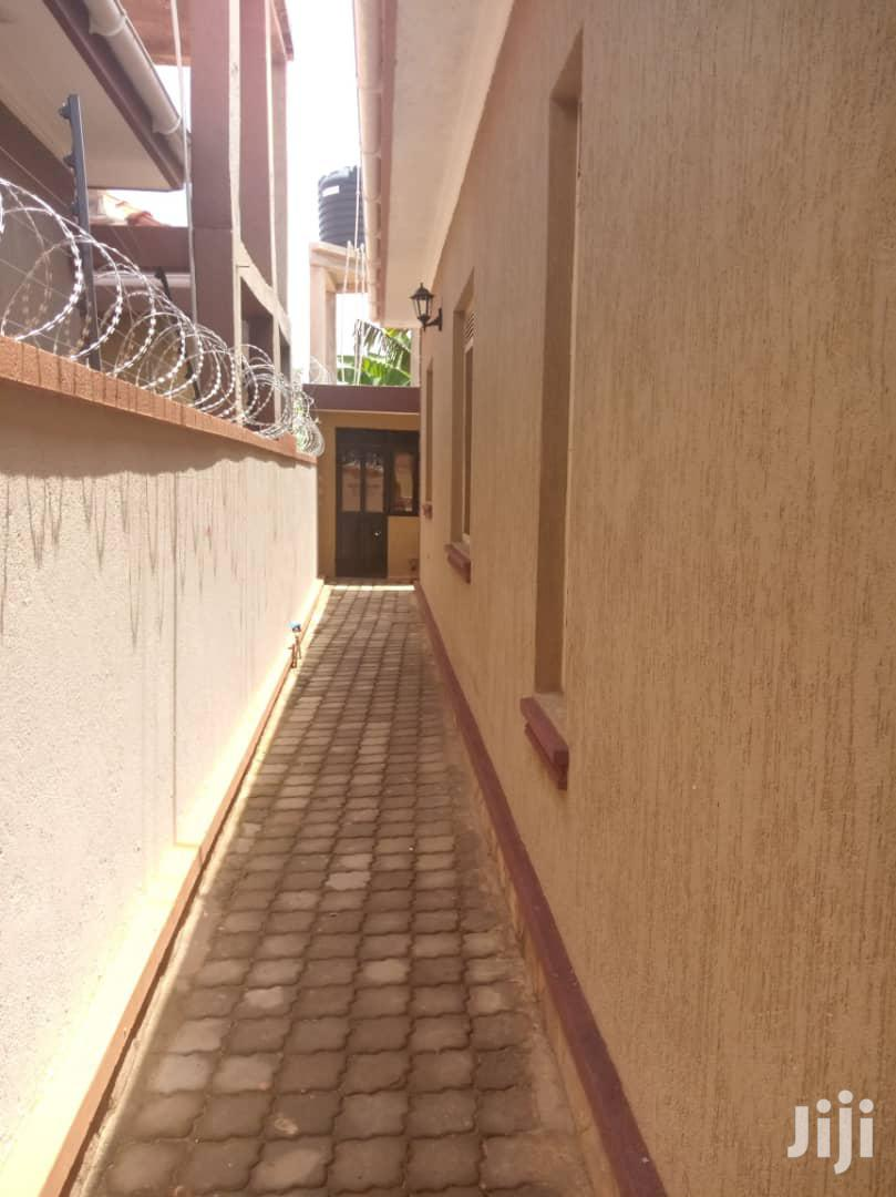 Archive: Brand New 3 Bedroom House In Kira For Sale