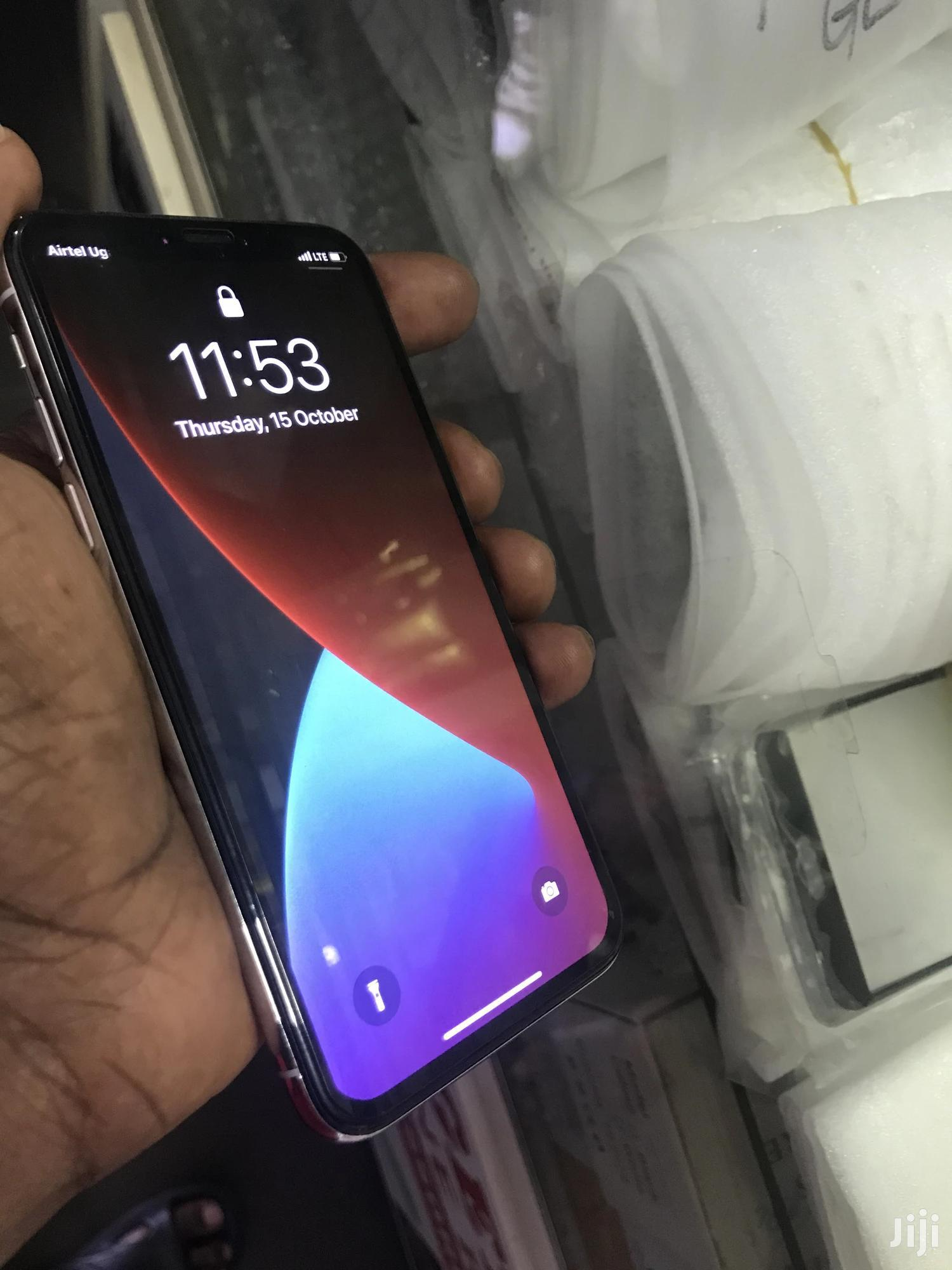 Apple iPhone X 64 GB White