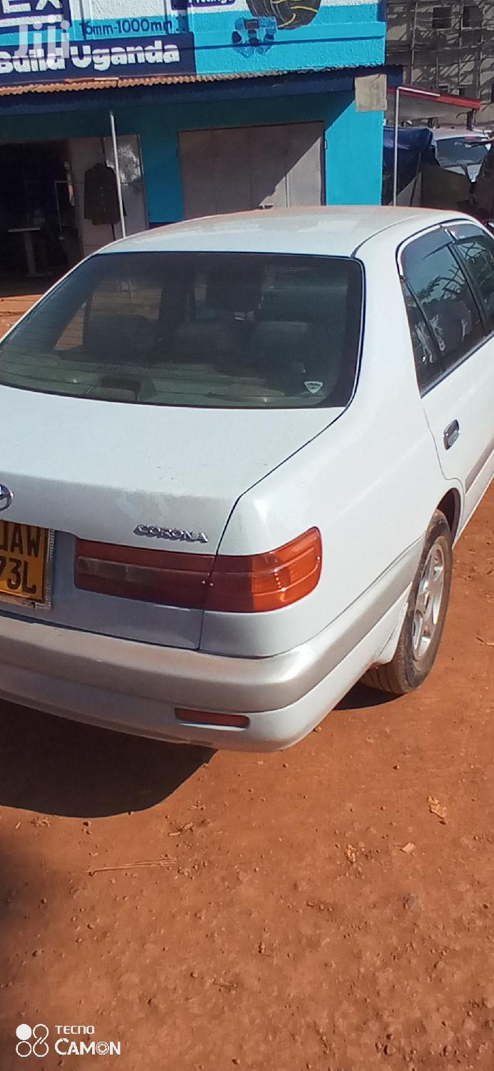 Toyota Premio 2001 White | Cars for sale in Kampala, Central Region, Uganda