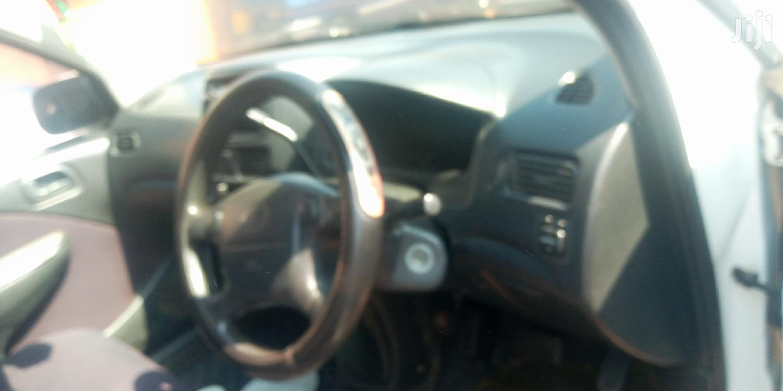 Archive: Toyota Raum 2000 White