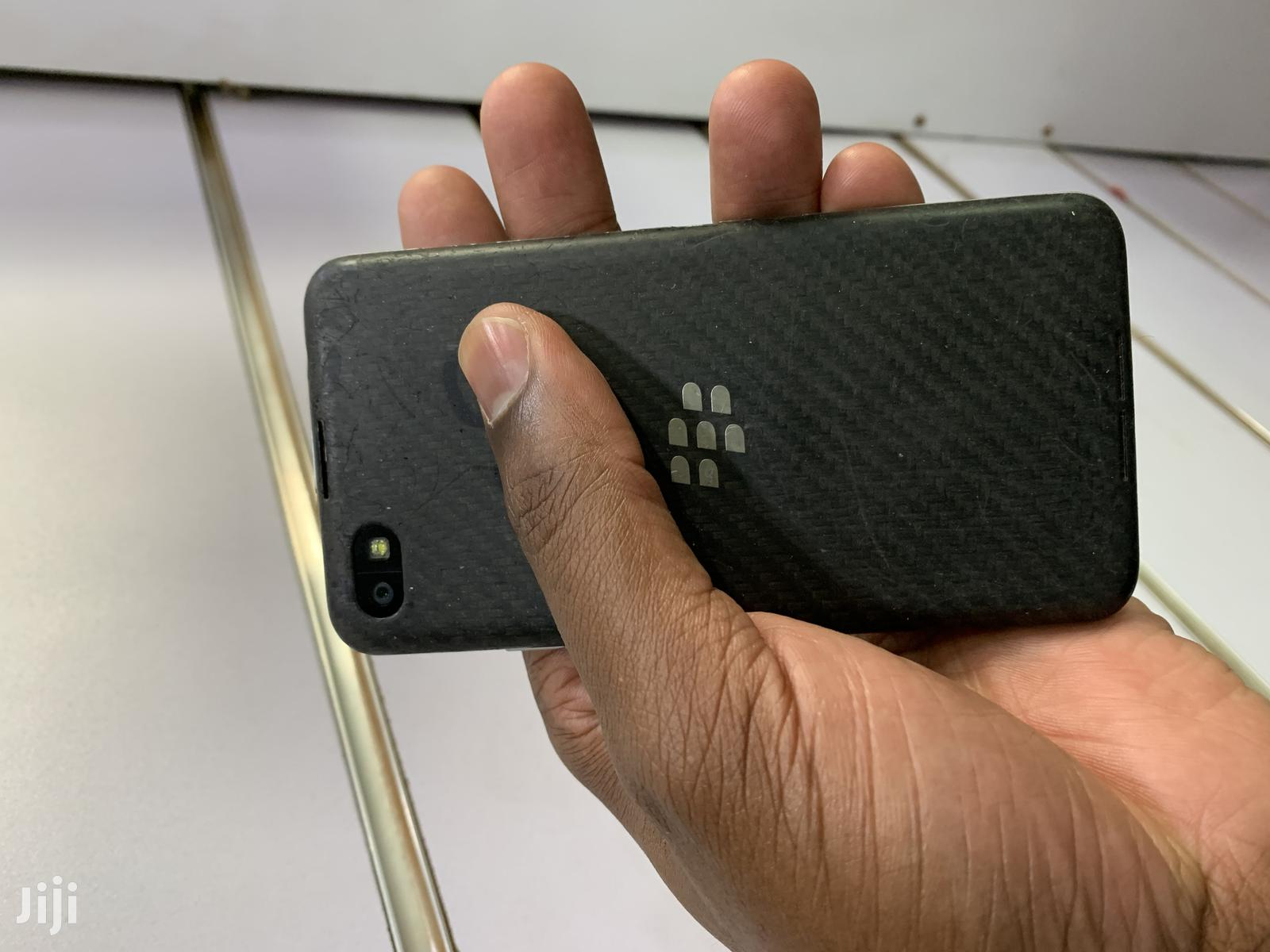 BlackBerry Z30 16 GB Black | Mobile Phones for sale in Kampala, Central Region, Uganda