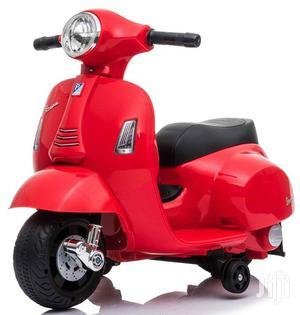 UK Licensed Vespa GTS 6V Ride on Scooter With Stabiliser 30W | Toys for sale in Central Region, Kampala