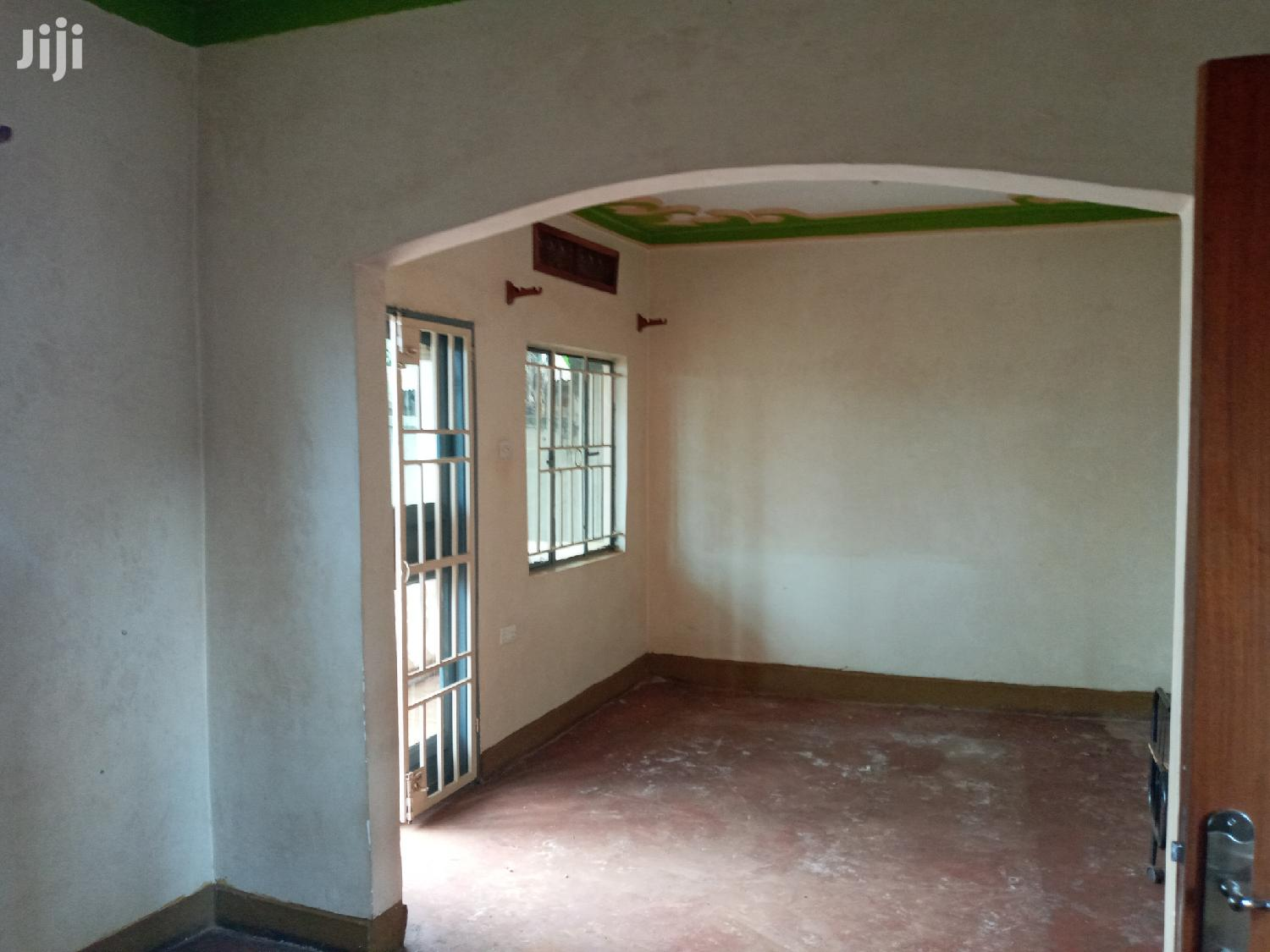 Another Nicehome Forcedsale On Ntebe Express After Munyonyo   Houses & Apartments For Sale for sale in Kampala, Central Region, Uganda