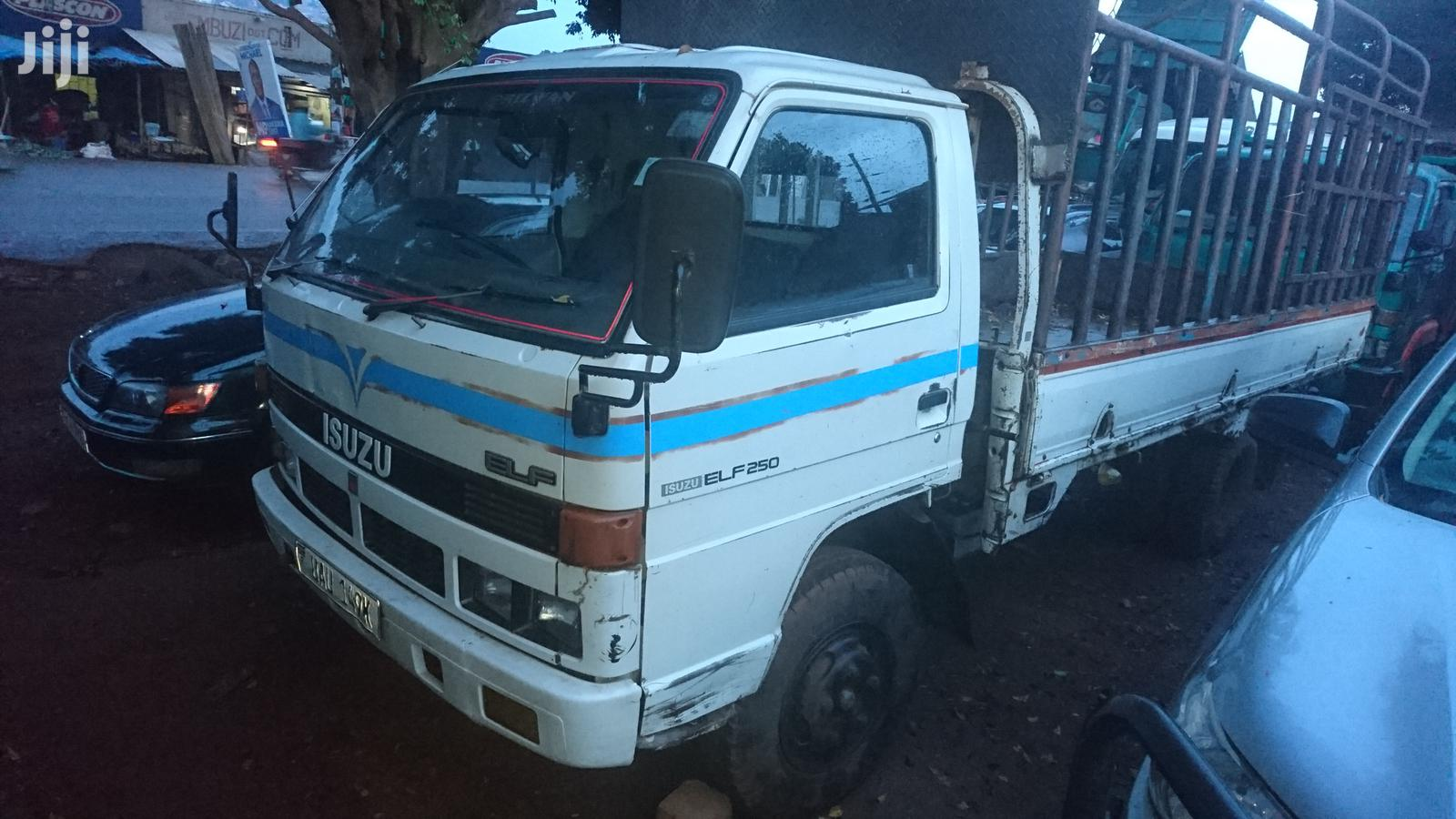 Archive: Isuzu Elf Long Chasis With 4BD1 Engine for Sale