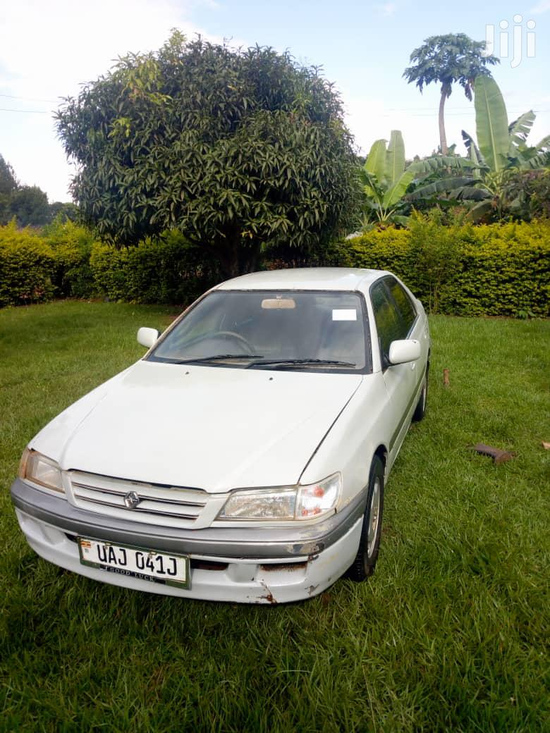 Toyota Premio 1998 White