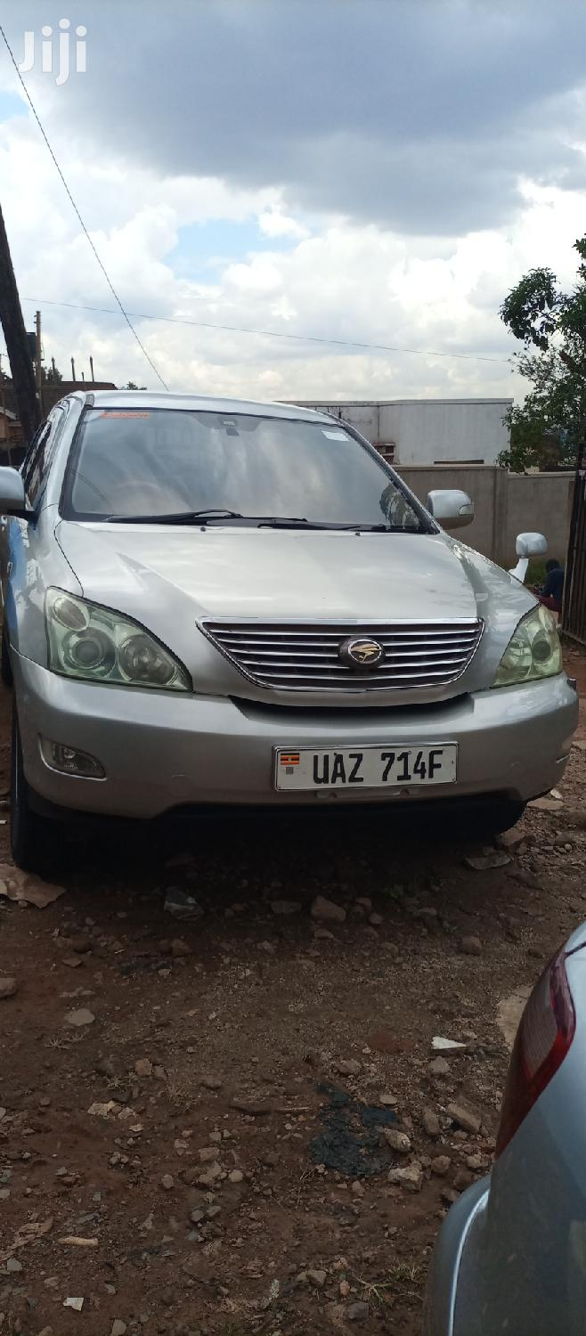 Archive: Toyota Harrier 2002 Silver