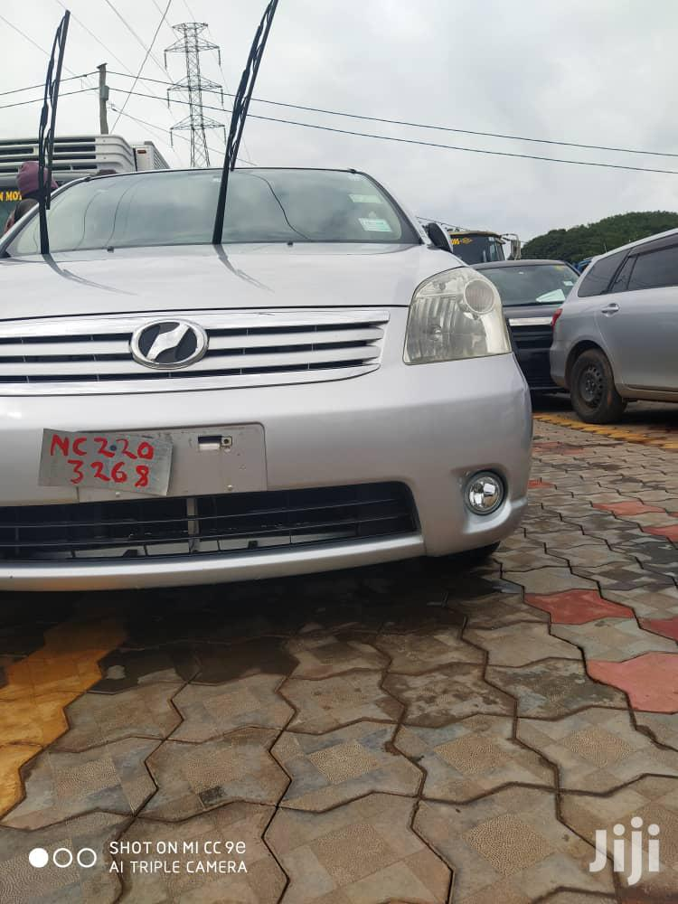 Archive: Toyota Raum 2007 Silver