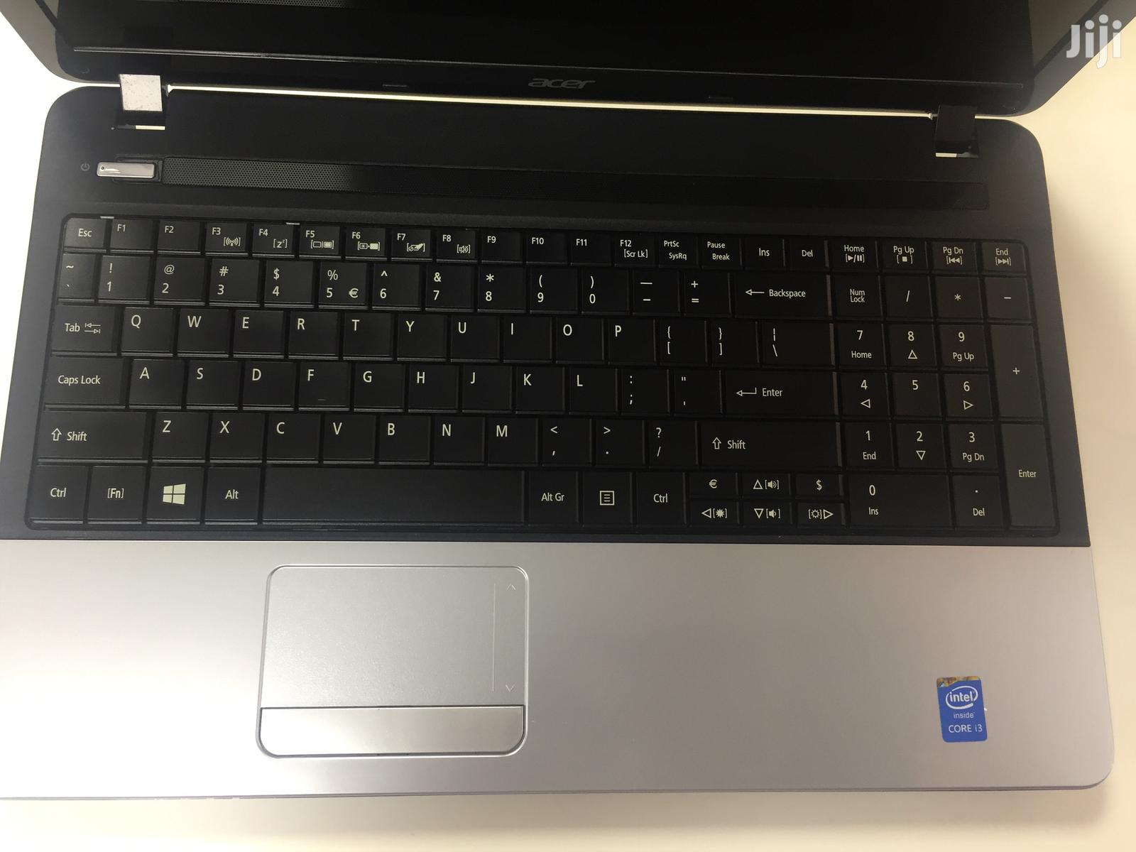 Archive: Laptop Acer AS5755 4GB Intel Core I3 HDD 320GB