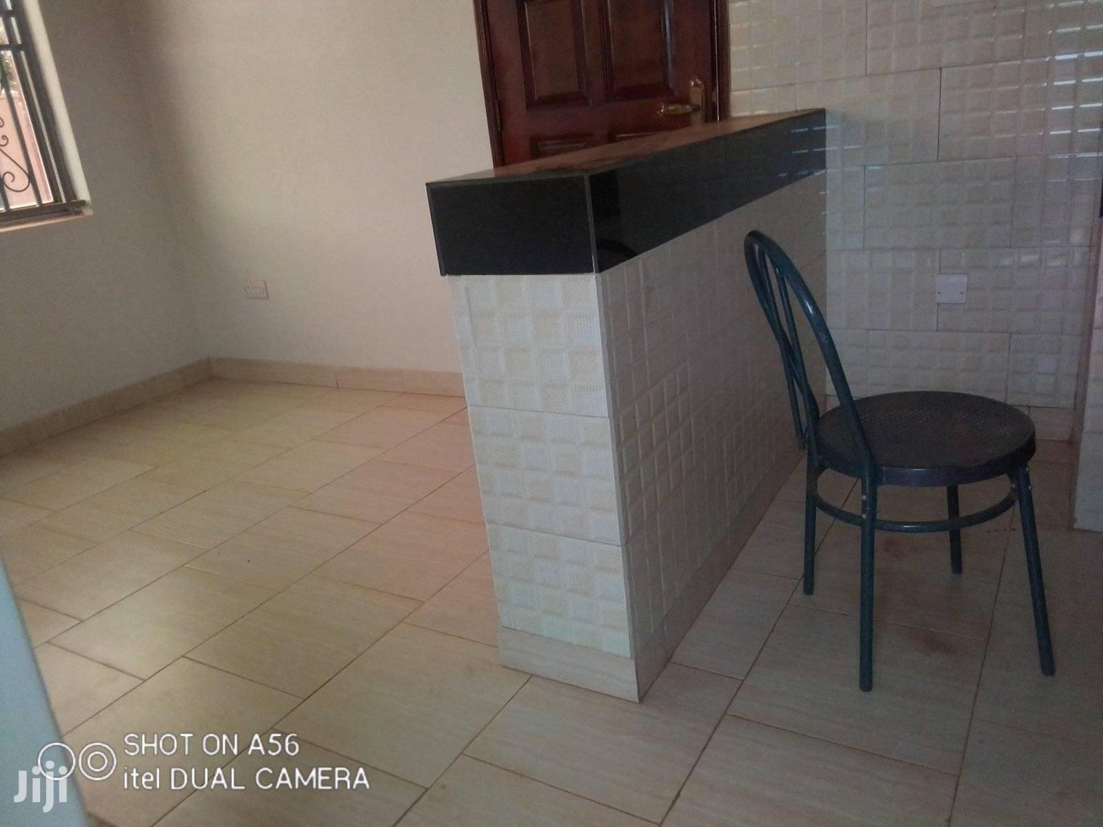 Najjera Buwaate Seating Room 2bedrooms 2bathroo.S Kitchen | Houses & Apartments For Rent for sale in Kampala, Central Region, Uganda