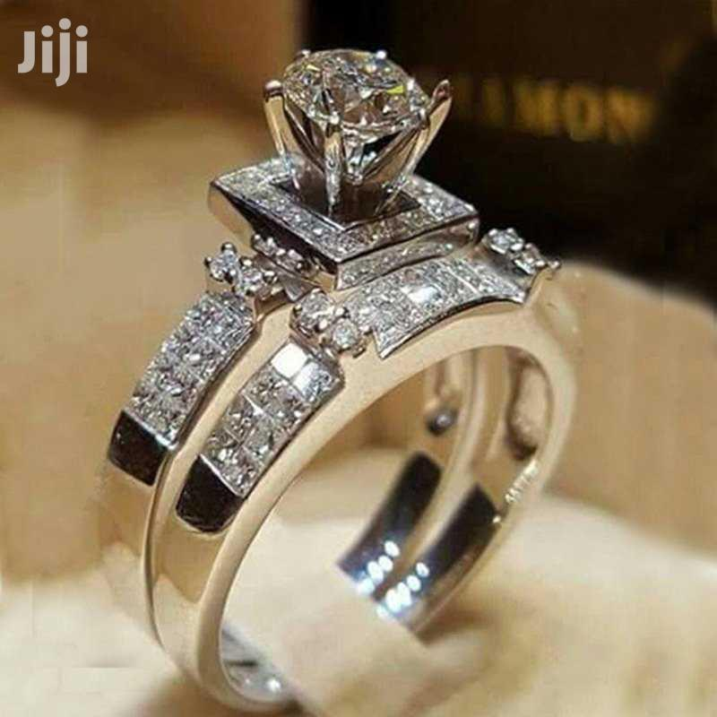 Engagement Rings and Marriage Bands With Box