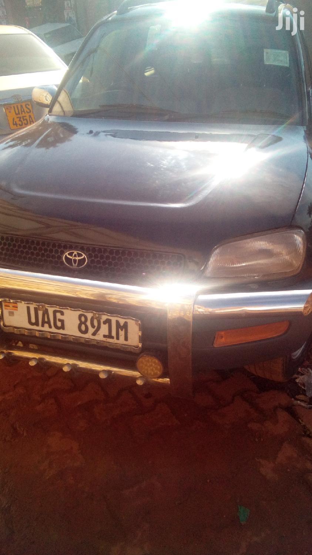 Toyota RAV4 1997 Black