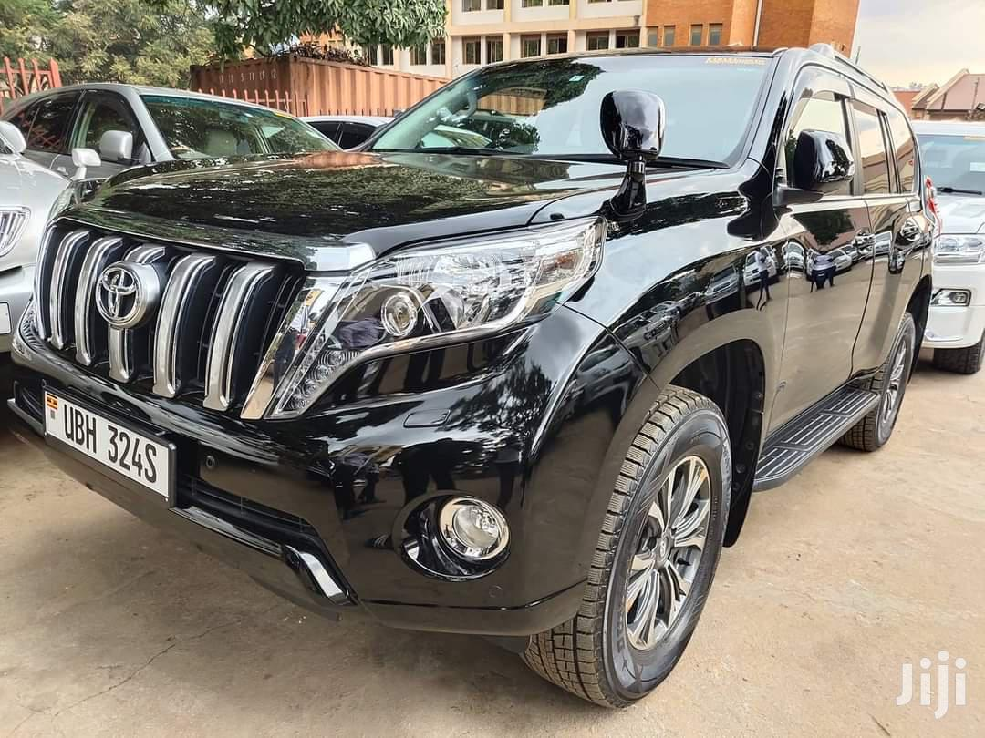 Archive: Toyota Land Cruiser Prado 2015 Black