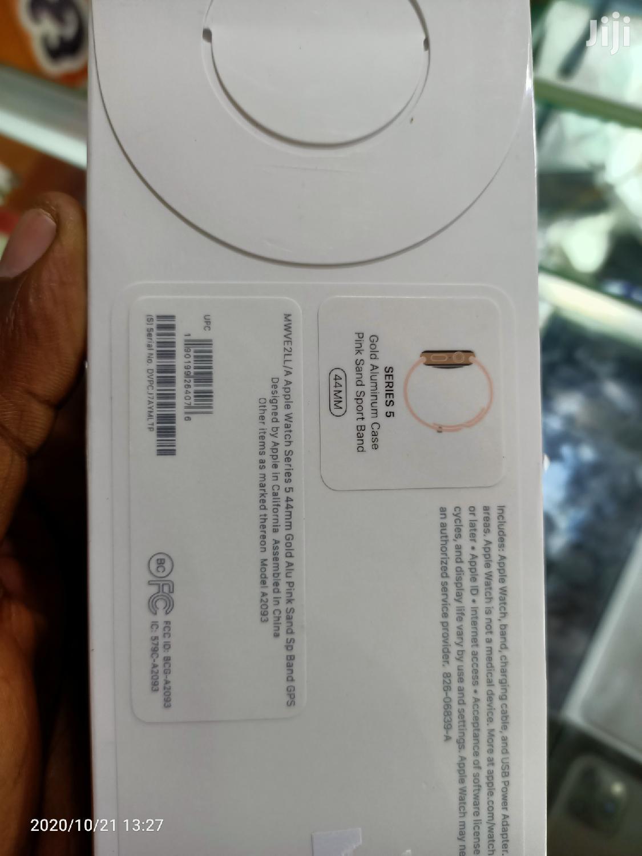 Genuine Box Pack Apple Watch Series 5, 44mm Gprs