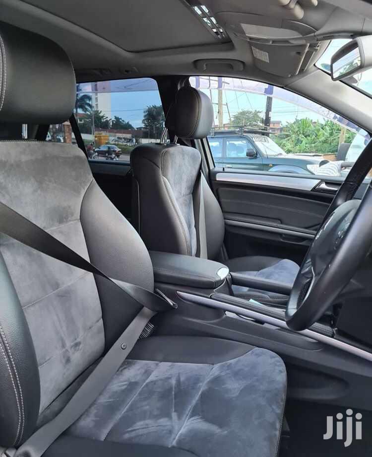 Archive: Mercedes-Benz M Class 2010 Silver