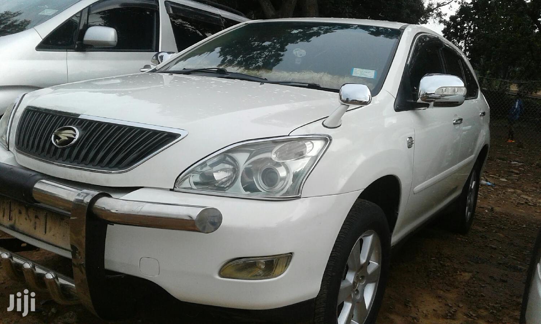 New Toyota Harrier 2004 White | Cars for sale in Kampala, Central Region, Uganda