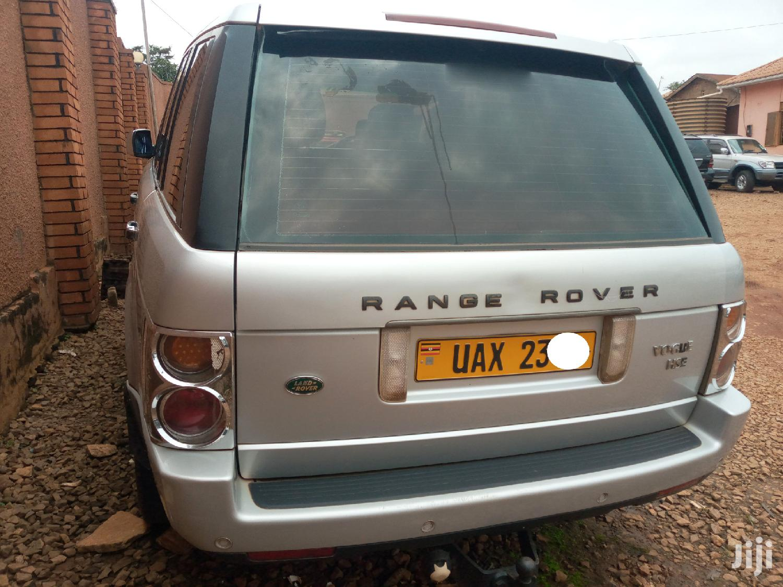 Land Rover Range Rover Vogue 2004 Silver   Cars for sale in Kampala, Central Region, Uganda