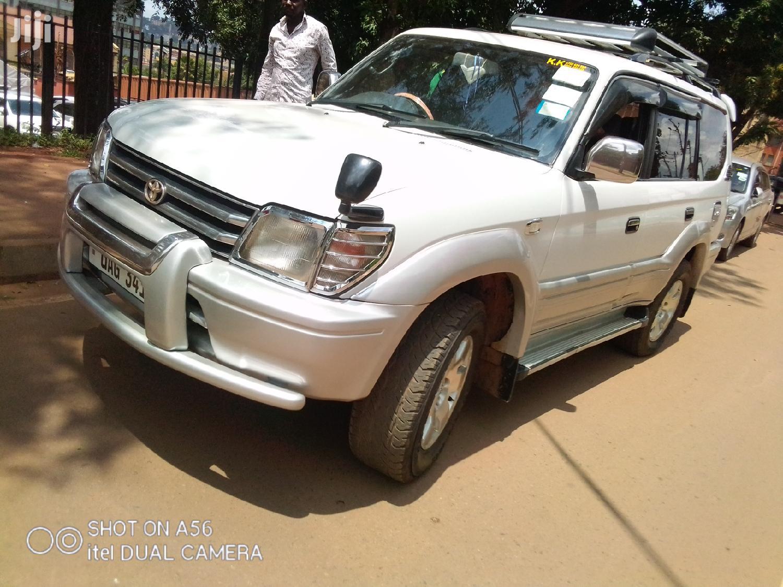 Toyota Land Cruiser Prado 1998 White