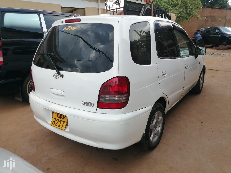 Toyota Spacio 2000 White