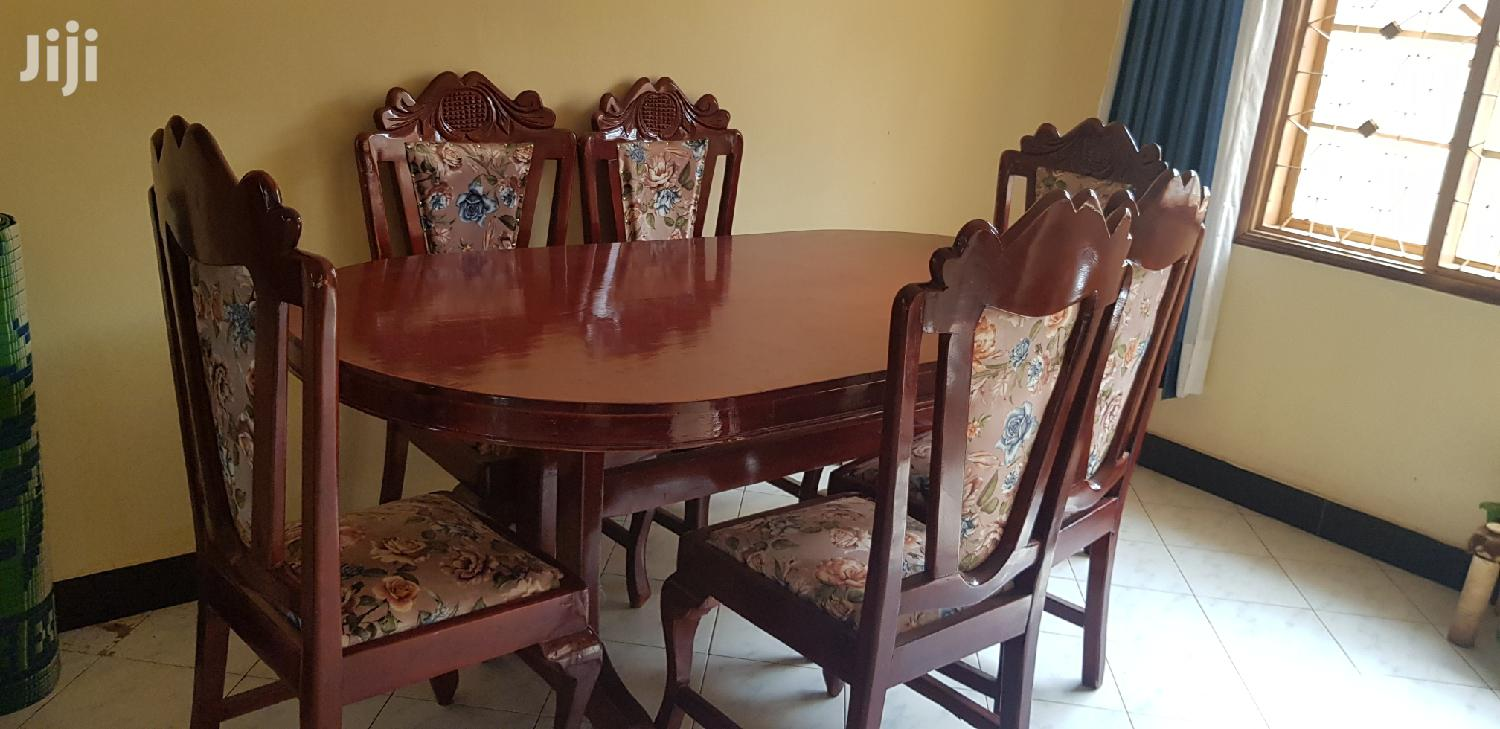 Quality Six Seater Dining