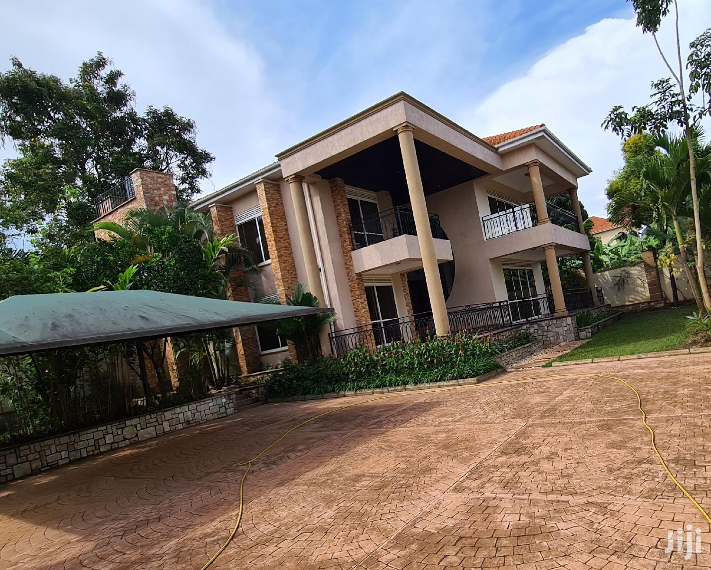 Clandestine Fully Furnished Munyonyo Mansion