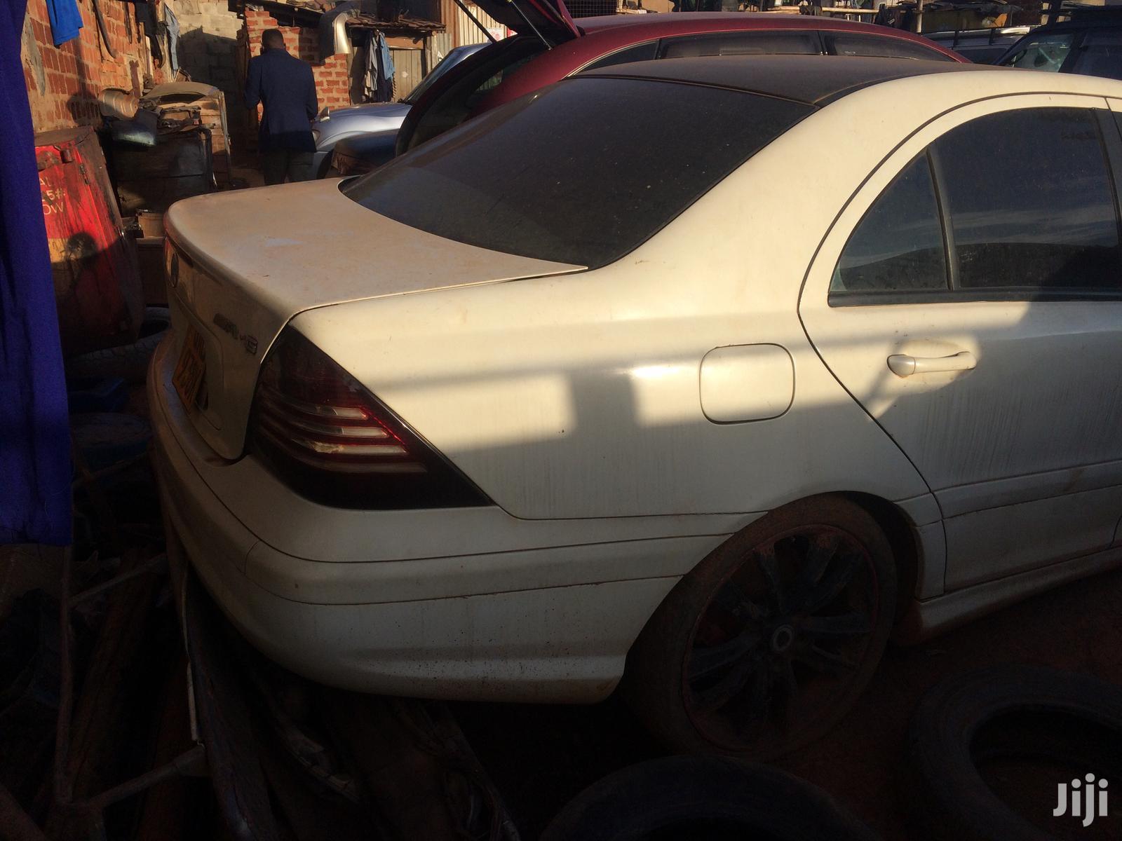Archive: Mercedes-Benz C200 2002 White