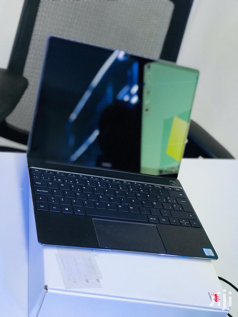 New Laptop Huawei MateBook 13 WRT-W19E 8GB Intel Core i5 SSD 256GB