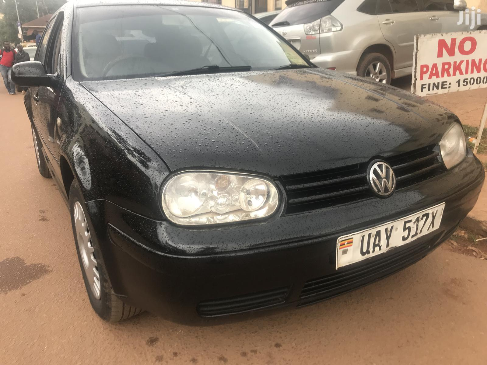 Volkswagen Golf 2000 Black