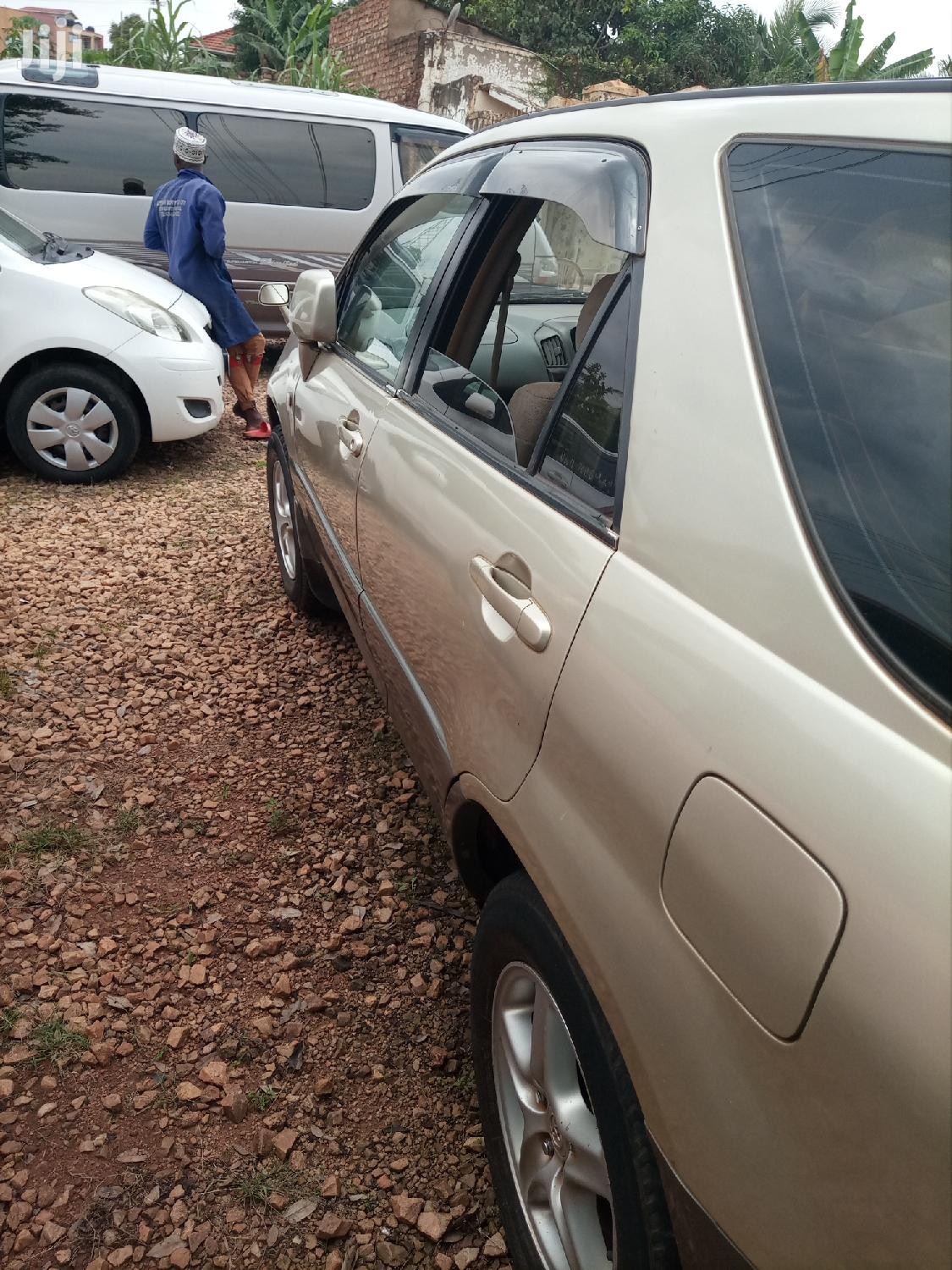 Toyota Harrier 2004 Gray | Cars for sale in Kampala, Central Region, Uganda