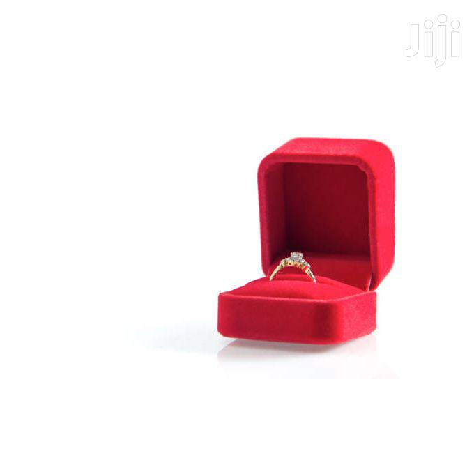 Square Engagement Ring Box With No Ring