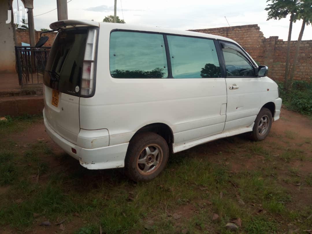 Archive: Toyota Noah 1999 White
