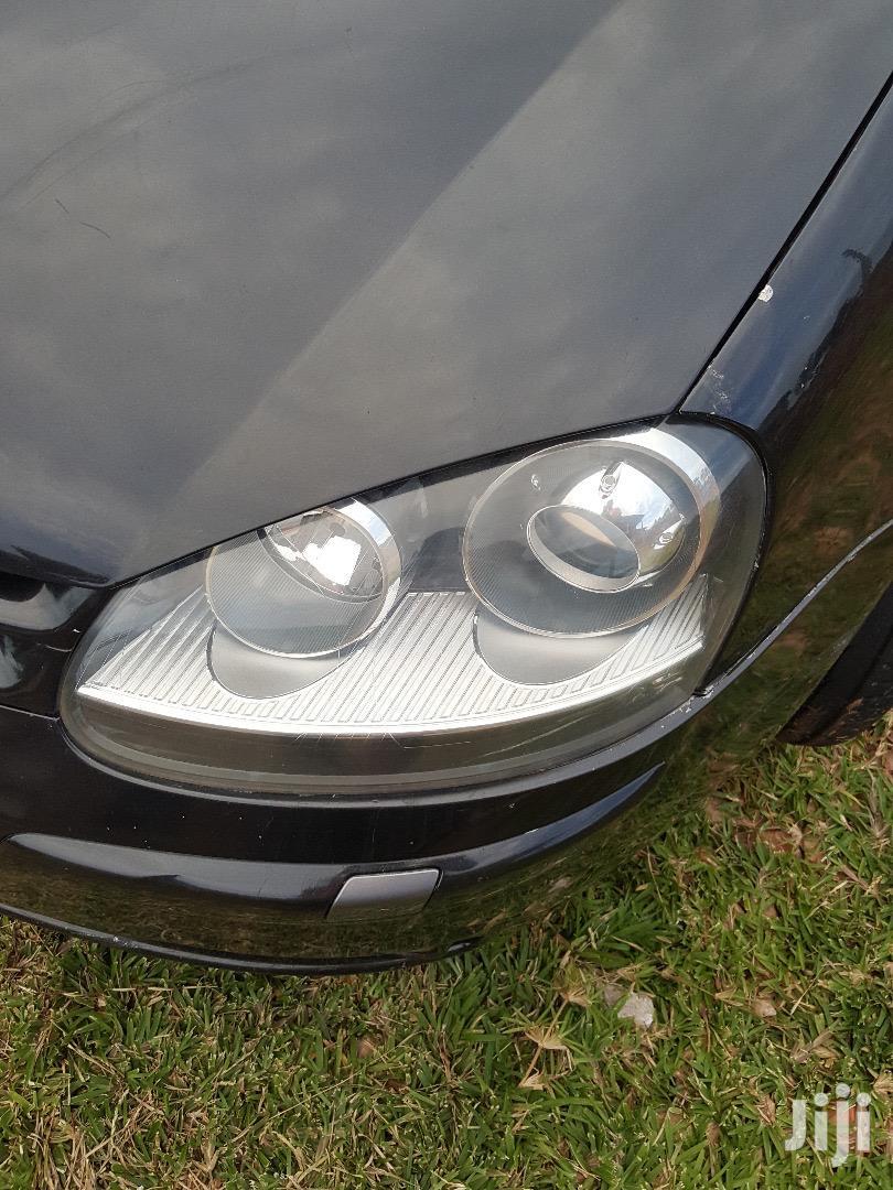 Archive: Volkswagen Golf 2004 2.0 FSI Comfortline Black