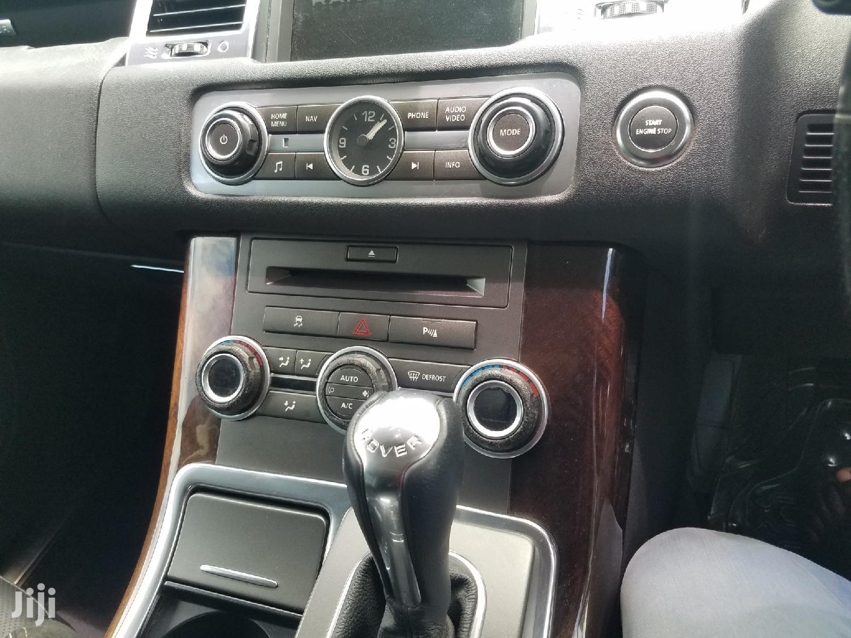 Archive: Land Rover Range Rover Sport 2012 White