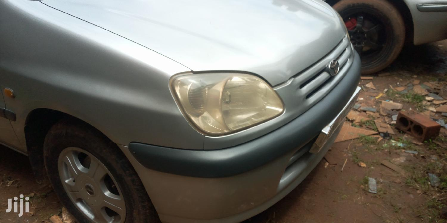 Archive: Toyota Raum 1999 Silver