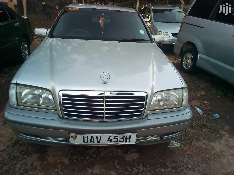 Mercedes-Benz C200 2000 Silver