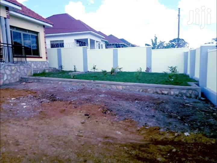 4 Bedroom Bungalow For Sale Kira With Ready Title Spacious Compound | Houses & Apartments For Sale for sale in Kampala, Central Region, Uganda