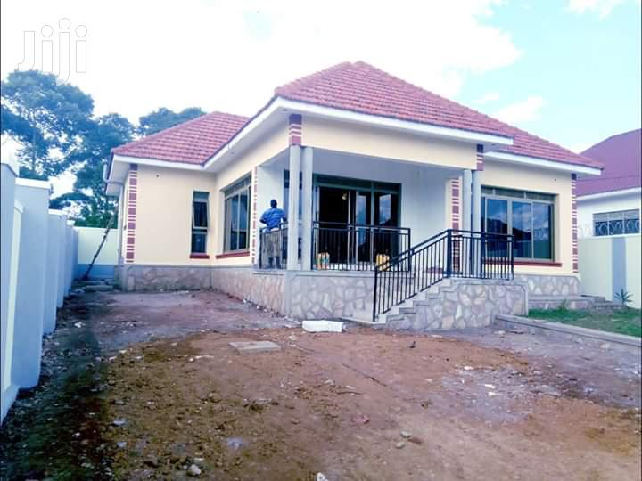 4 Bedroom Bungalow For Sale Kira With Ready Title Spacious Compound