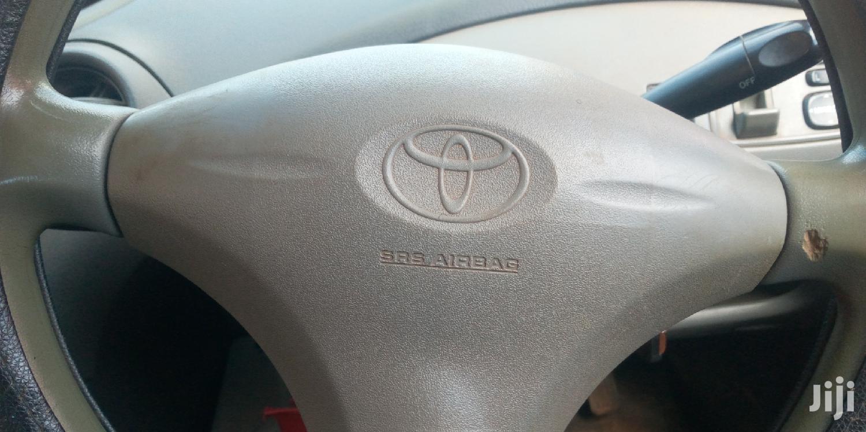 Archive: Toyota Wish 2004 Gray
