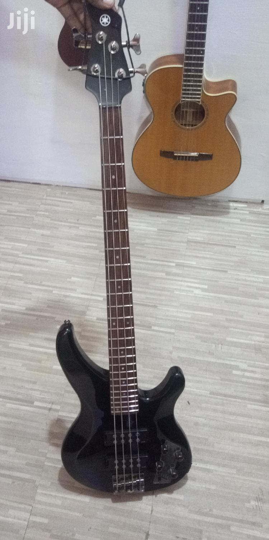 Yamaha 24felt Bass Guitar