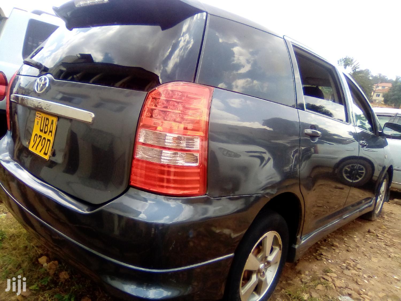 Toyota Wish 2003 Gray