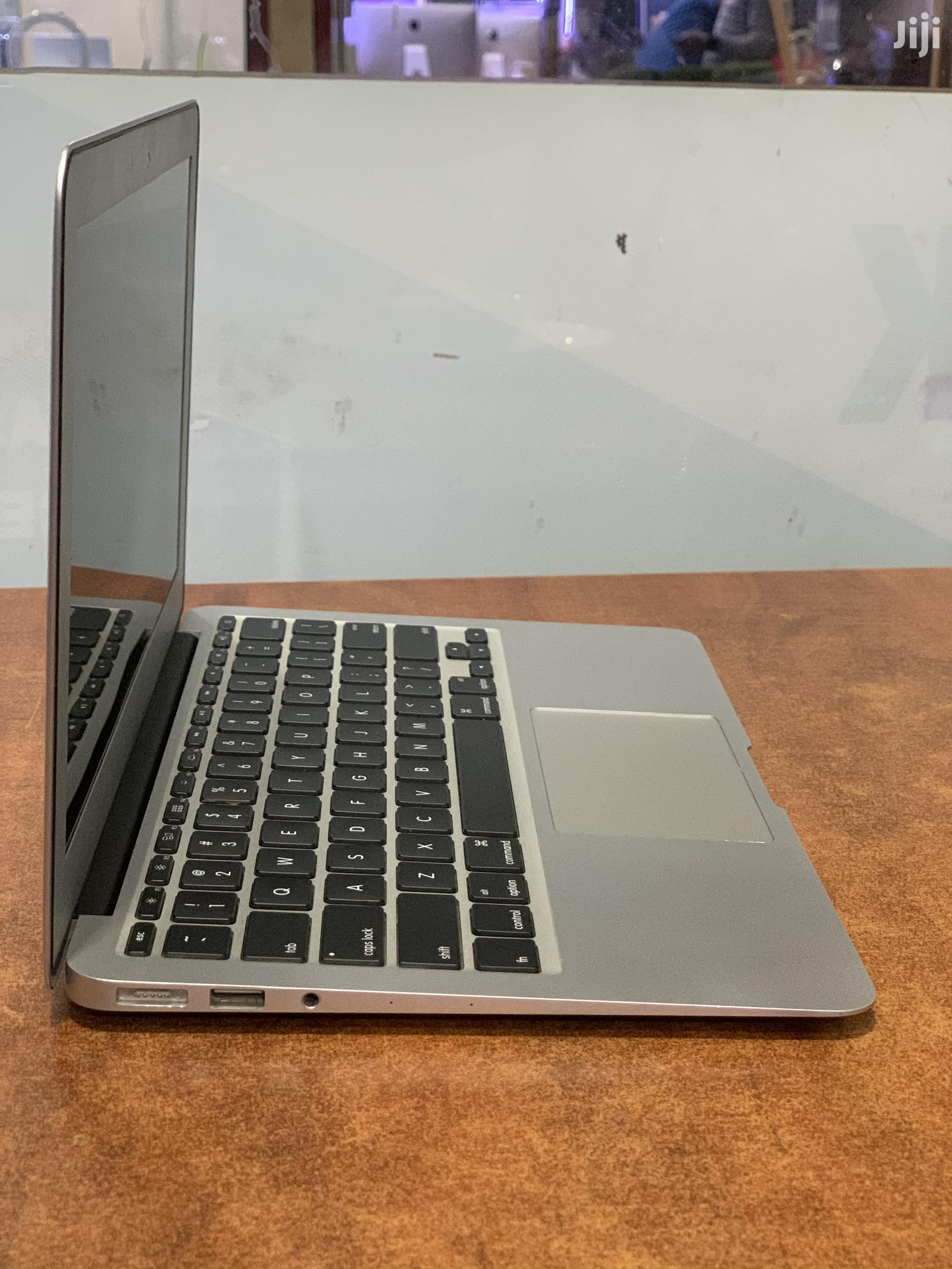 Laptop Apple MacBook Air 4GB Intel Core I5 SSHD (Hybrid) 128GB | Laptops & Computers for sale in Kampala, Central Region, Uganda