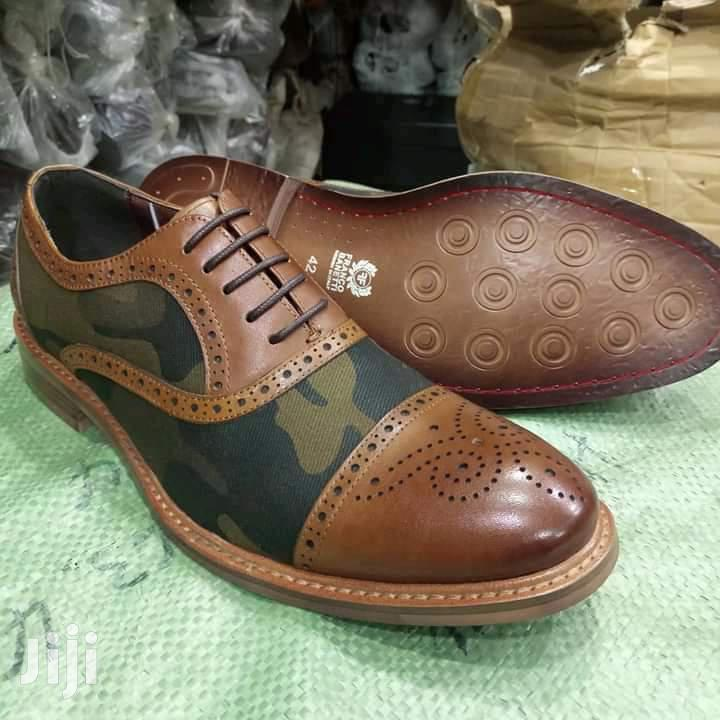 Men Classic Shoes